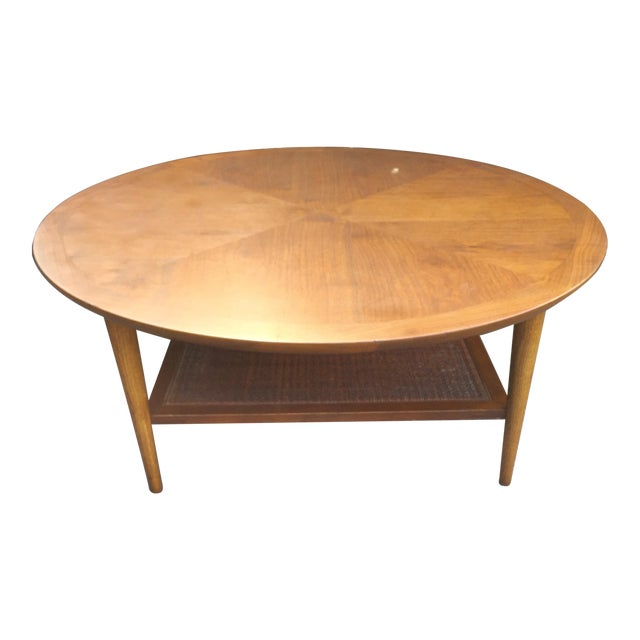 Lane Sliding Door Coffee Table: Lane 2124 Round Coffee Table