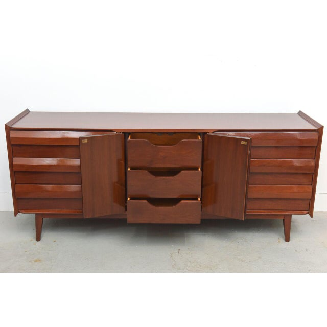 1960s Lane Mahogany Dresser, 1960s For Sale - Image 5 of 8