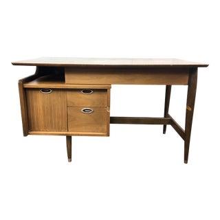 1950s Mid-Century Modern Mainline by Hooker Writing Desk For Sale