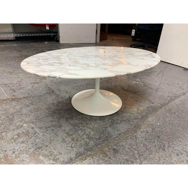 Knoll Eero Saarinen Marble Low Oval Coffee Table For Sale In San Francisco - Image 6 of 9