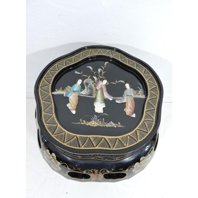 Asian Vintage Chinese Black Lacquer Figural Side Table With Glass Top For Sale - Image 3 of 7