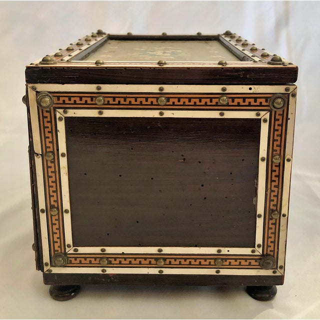 Late 19th Century Antique Rosewood Humidor Box, Circa 1880. For Sale - Image 5 of 6