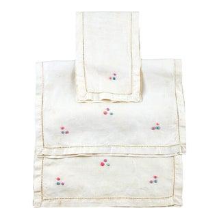 Vintage Ecru Linen Table Mats - Set of 3 For Sale