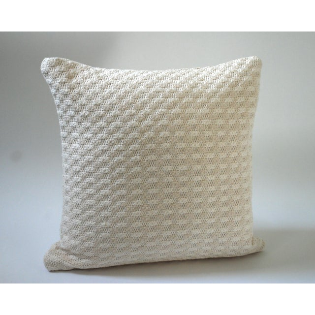 Traditional Cloud Bobble Heavy Woven Pillow Cover For Sale - Image 3 of 5