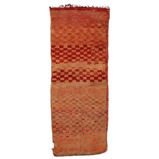 Late 20th Century Vintage Berber Moroccan Rug - 2′6″ × 6′3″ For Sale