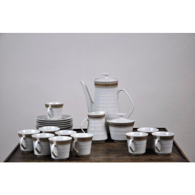 Winterling Marktleuthen Bavaria Mid-Century Modern Embossed Diamonds Coffee Pot Porcelain 23 Pieces Set For Sale - Image 10 of 10