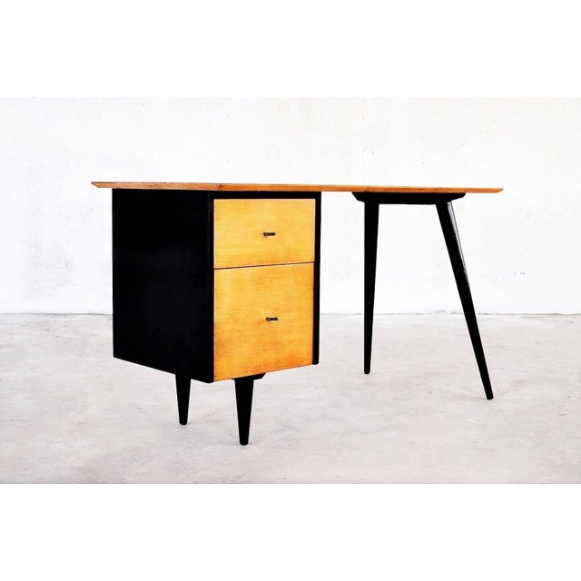 """1950s Two-Tone Paul McCobb """"Planner Group"""" Desk For Sale - Image 5 of 5"""