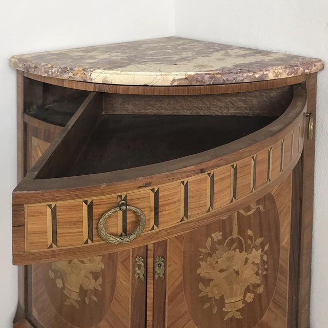 19th Century French Louis XVI Marquetry Marble Top Corner Cabinet For Sale - Image 12 of 13