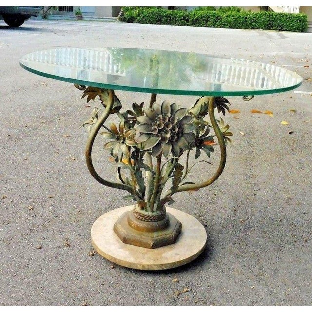 1960's Vintage Italian Hollywood Regency Tole Flowers Table For Sale In Miami - Image 6 of 7