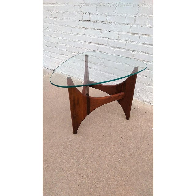 Adrian Pearsall Triangle Walnut Side Table - Image 4 of 6