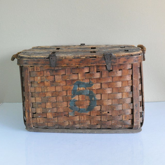 Large Rustic Antique Shipping Basket Trunk - Image 4 of 8