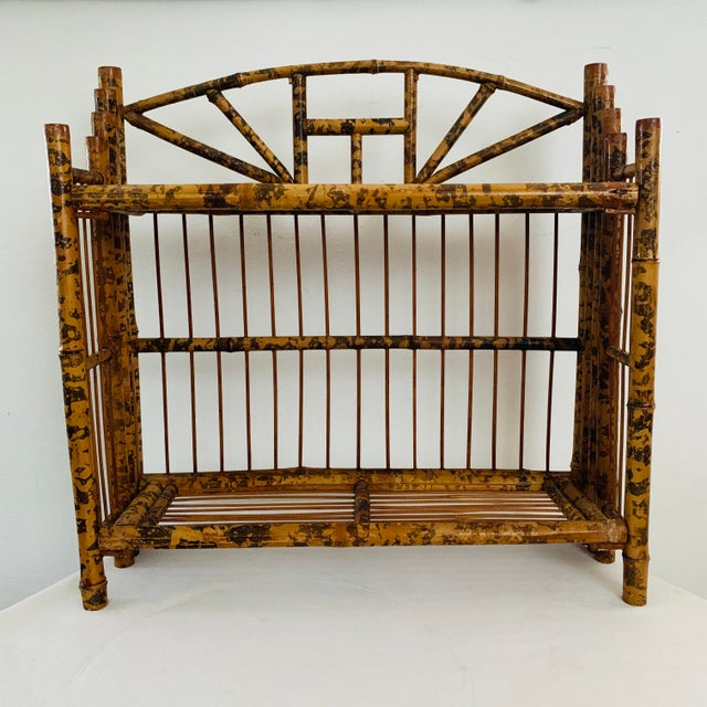 Early 20th Century 1910s / 1920s Tortoise Shell Burnt Bamboo Shelf For Sale - Image 5 of 9