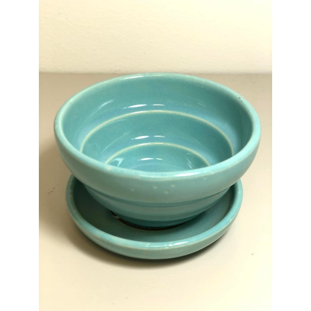 """Mid 20th Century McCoy Pottery 1940s - 1960s Small """"Teal Blue"""" Mid-Century Flowerpot and Saucer For Sale - Image 5 of 5"""