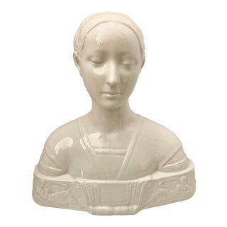 Vintage Italian Enameled Ceramic Bust Representing Ippolita Maria Sforza, Circa 1920-1940 For Sale