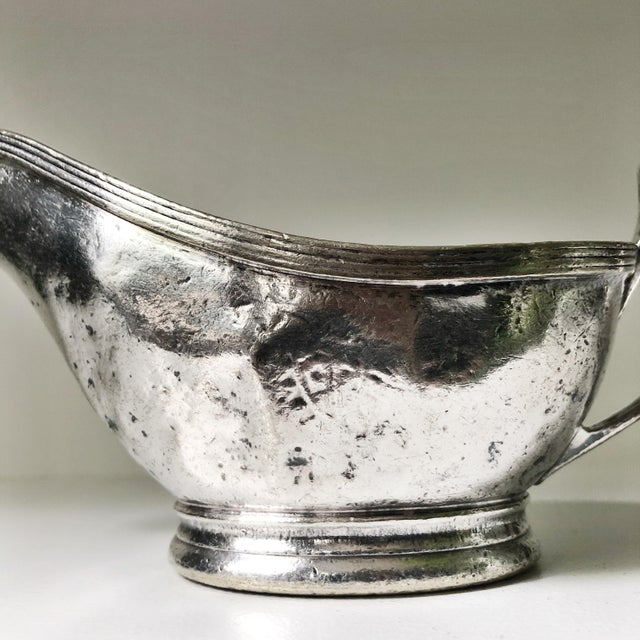 Traditional Vintage 1960s Silver Plate Gravy Boat From the Plaza NYC For Sale - Image 3 of 7
