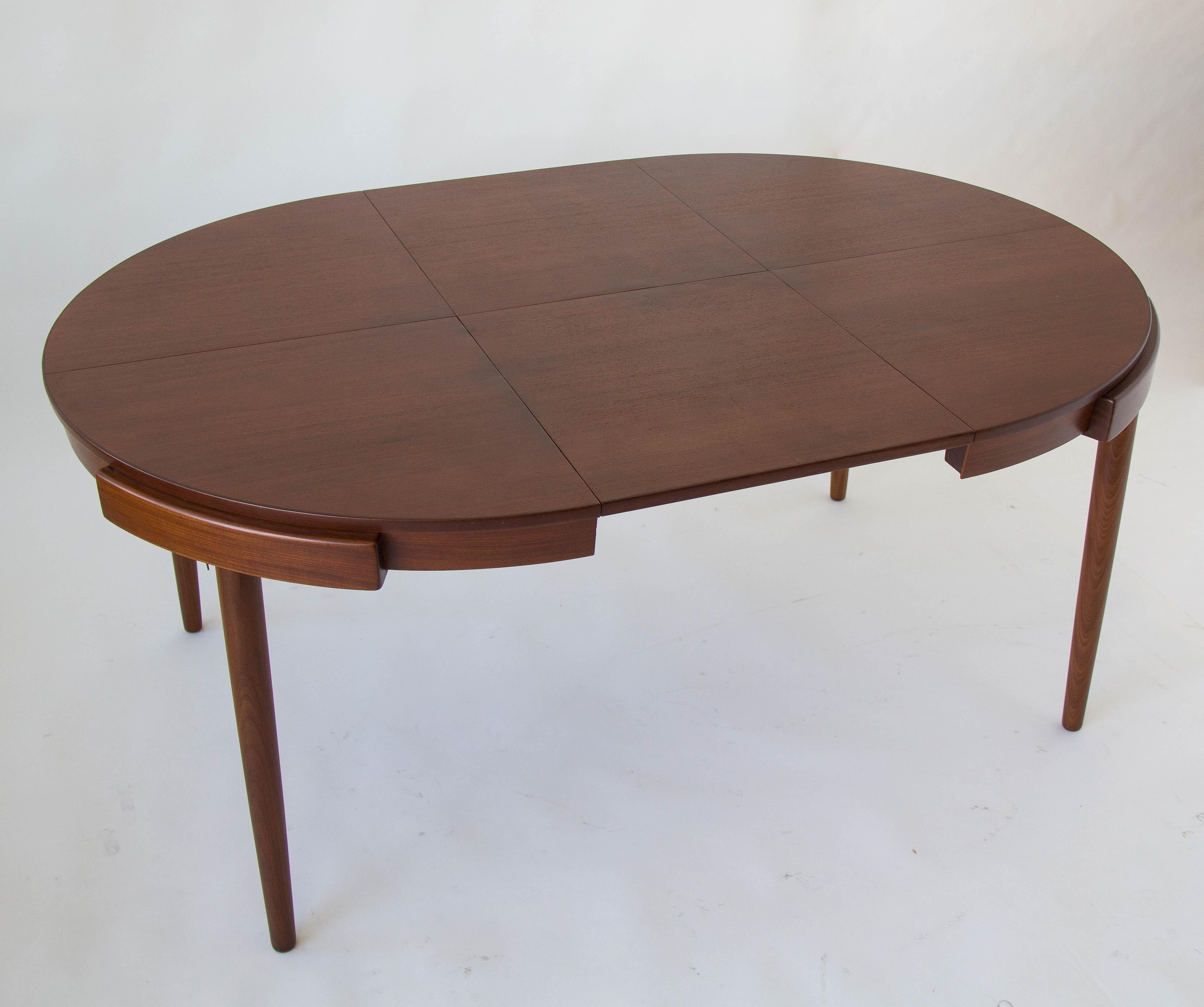Awesome Frem Rojle Eight Seat Dining Set By Hans Olsen For Frem Rojle For Sale
