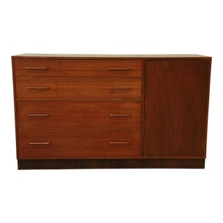 Edward Wormley for Dunbar Walnut Sideboard Credenza For Sale