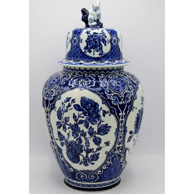 Extra Large Mid-20th Century Dutch Blue and White Royal Maastricht Delft Ginger Jar For Sale - Image 12 of 13