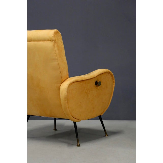 1950s Pair of MidCentury Reclining Armchairs in Yellow Velvet in Zanuso Style, 1950s For Sale - Image 5 of 9