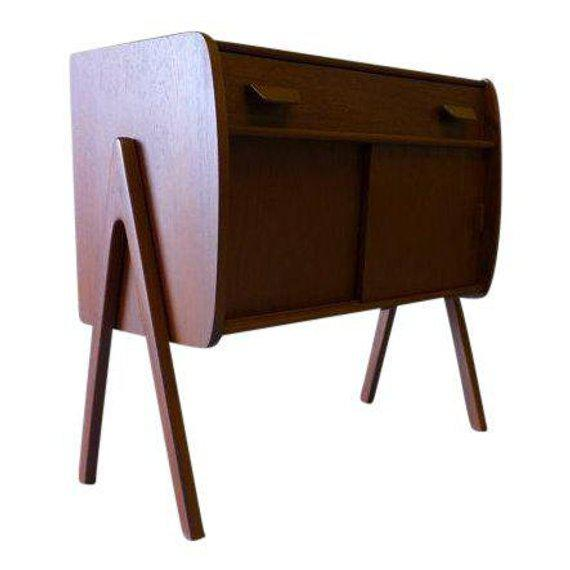 Mid Century Modern Teak Cabinet / Mini Credenza For Sale In New York - Image 6 of 7