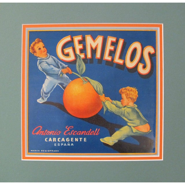 Illustration 1920's Original Vintage Spanish Fruit Crate Label - Gemelos - Antonio Escndell Carcagente - Espana For Sale - Image 3 of 3