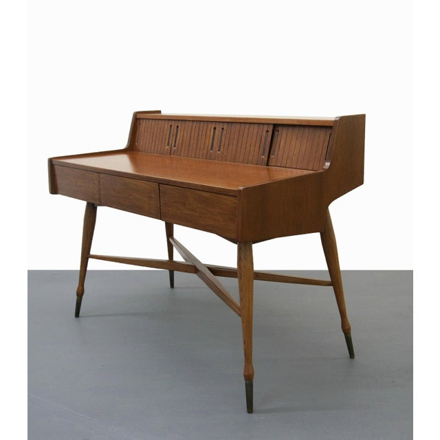 Mid-Century Modern Vintage Hooker Mainline Mid-Century Modern Desk For Sale - Image 3 of 7