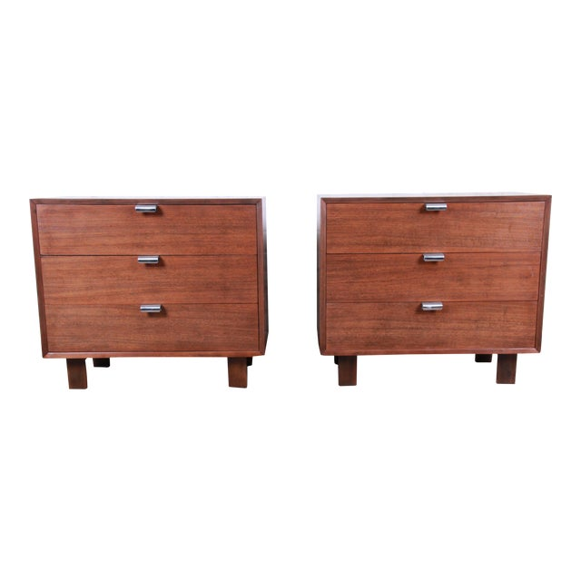 George Nelson for Herman Miller Walnut Three-Drawer Bachelor Chests or Nightstands, Pair For Sale