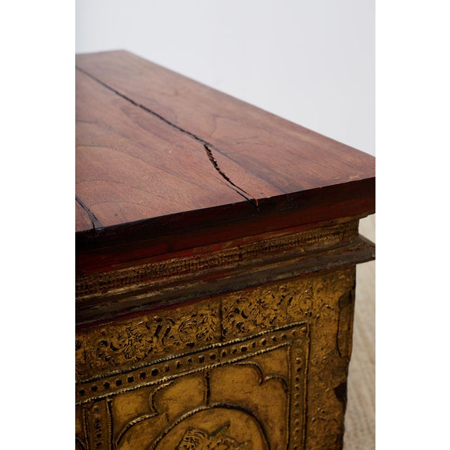 19th Century 19th Century Burmese Gilded Chest or Trunk Table For Sale - Image 5 of 13