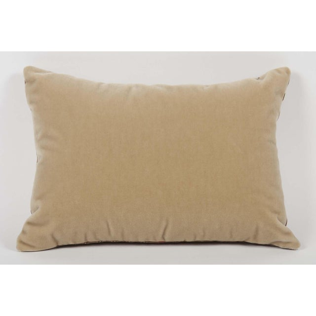 Contemporary Pair of Fortuny Fabric Pillows With Greek Key Trim For Sale - Image 3 of 6