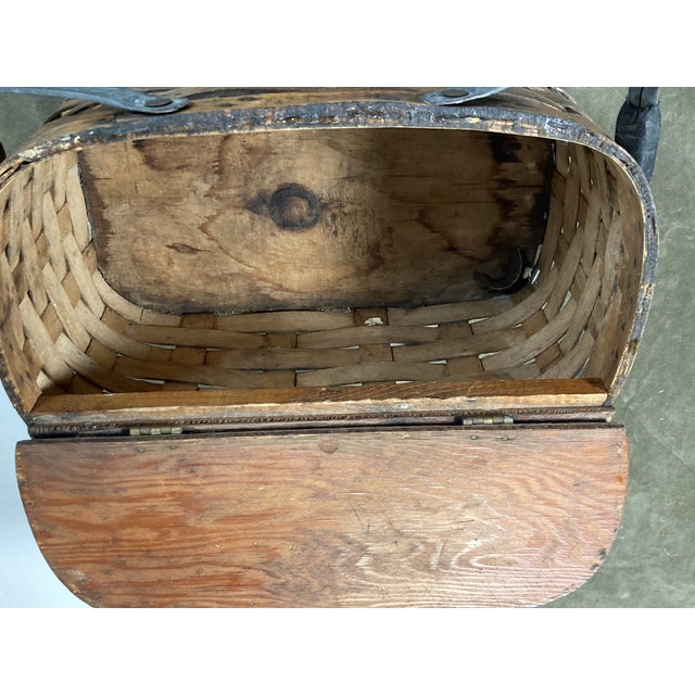 1920s Rustic Wooden Baskets - Stack of 2 For Sale In Philadelphia - Image 6 of 11