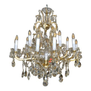 Vintage French Maria Theresa 16-Light Faceted Crystal & Gilt Metal Chandelier For Sale