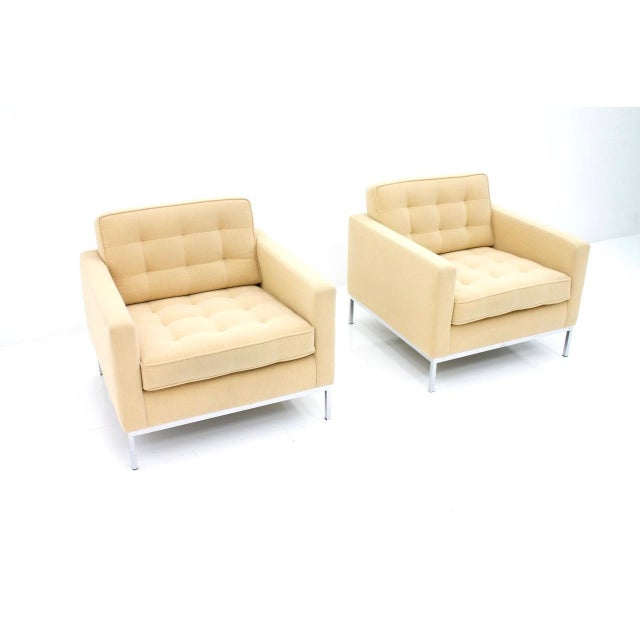 Mid-Century Modern Florence Knoll Lounge Chairs for Knoll International For Sale - Image 3 of 10