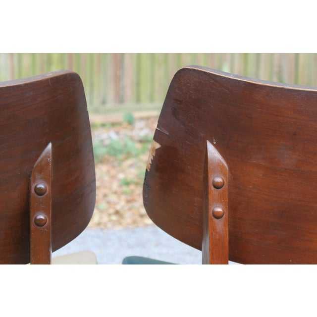 Mid-Century Modern Clam Shell Chairs - Set of 3 - Image 7 of 8