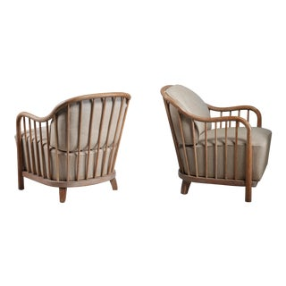 Pair of spindle lounge chairs from Italy, 1930s
