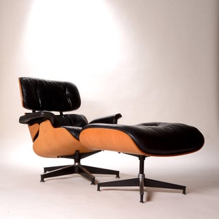 Vintage Charles and Ray Eames Oak and Leather 670 Lounge Chair and 671 Ottoman Preview