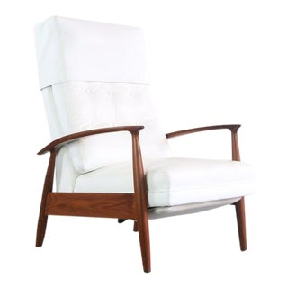 Milo Baughman Highback Lounge Chair / Recliner for James Inc in Walnut and Original White Leather, USA For Sale