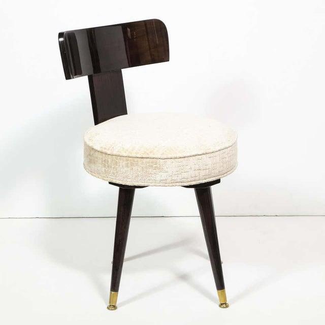 Mid-Century Modern Ebonized Walnut and Gauffraged Oyster Klismos Vanity Chair For Sale In New York - Image 6 of 10