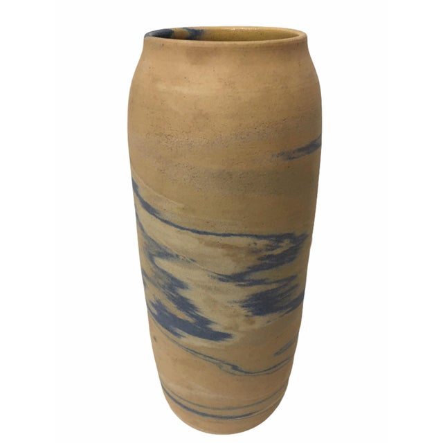 Beautiful Antique Early 20th Century Niloak Pottery Mission Swirl Vase. Niloak potteries of Arkansas was in business from...