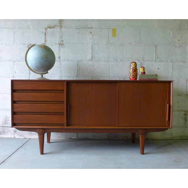 Teak Mid Century Modern CREDENZA media stand For Sale - Image 10 of 10