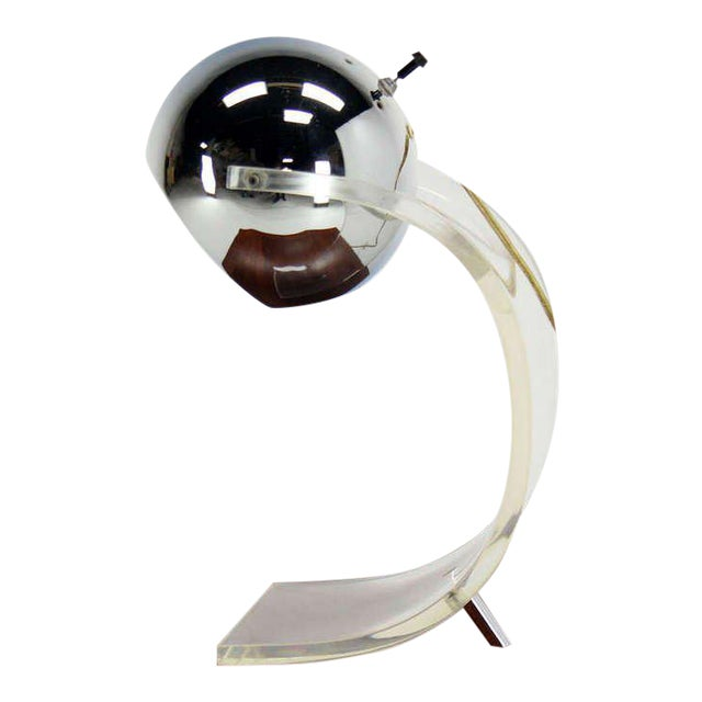 Metal Vintage Mid Century Chrome Globe and Lucite Base Table Lamp For Sale - Image 7 of 7
