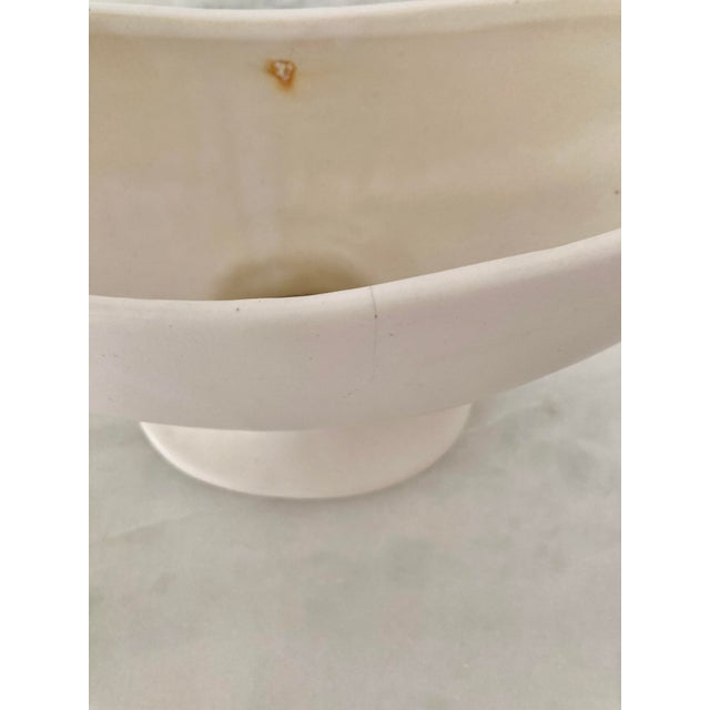 Kathryn McCoy Mid 20th Century Ivory McCoy Planter For Sale - Image 4 of 6