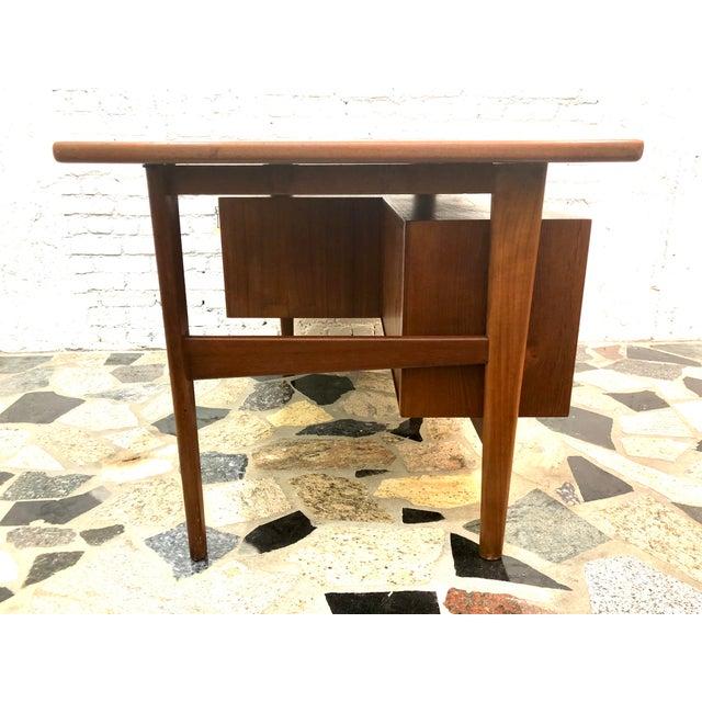 "Mid 20th Century Mid-Century Danish Modern Sibast ""Floating"" Teak Desk & Chair For Sale - Image 5 of 13"