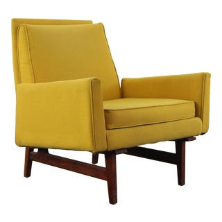 1960s Jens Risom Model No 2118 Walnut Frame Lounge Chair For Sale