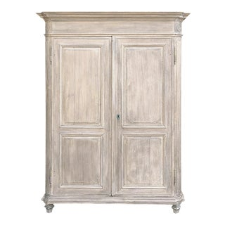 18th Century Country French Louis XIV Whitewashed Armoire For Sale