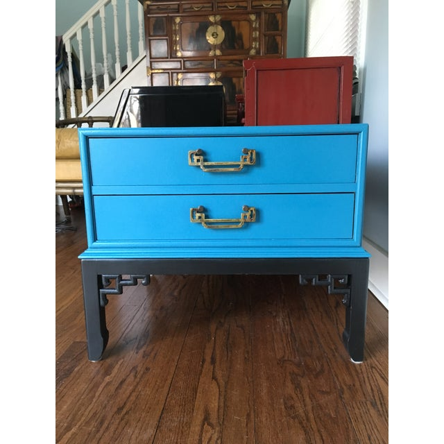 Blue 1970s Hollywood Regency Blue Hekman Side Table With Two Drawers For Sale - Image 8 of 8