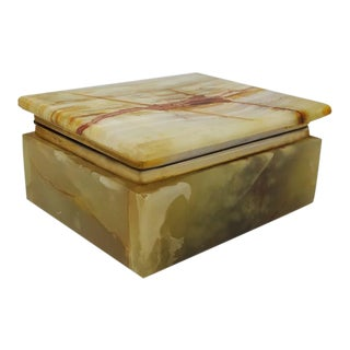 Astonishing Vintage Green Alabaster Box Made in Italy 1960s For Sale