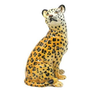 Vintage Italian Cheetah Hand-Painted Majolica Ceramic Leopard Figure For Sale