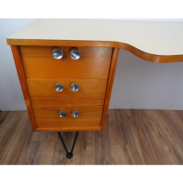 Mengel Furniture Co. 1950's Mid-Century Modern Mengel Writing Desk With Hairpin Legs For Sale - Image 4 of 13