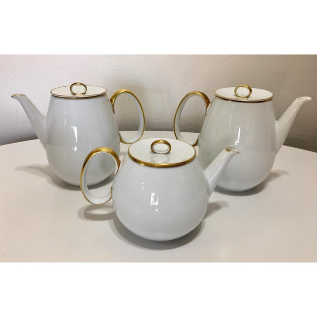 Pure White Porcelain With Gold Trim Serving Ware 28Pcs - Image 4 of 8