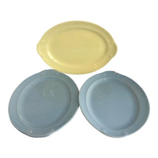 1940s Ts and T LuRay Pastels 11.25 Inch Serving Platters - Set of 3 For Sale